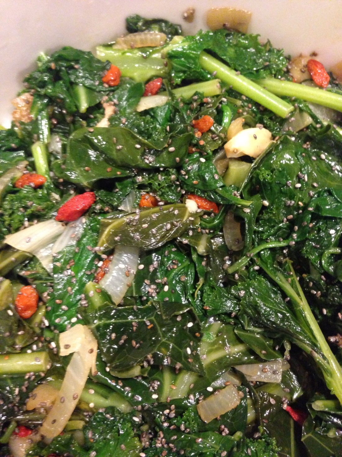 Spinach, Kale, and Collard Greens with Goji Berries and Chia Seeds